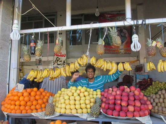 Ich verkaufe Obst