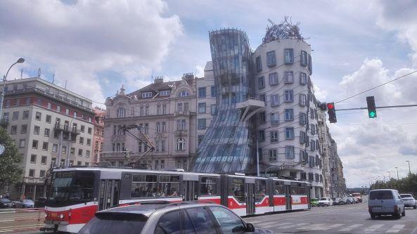Ein tanzendes Gebäude.