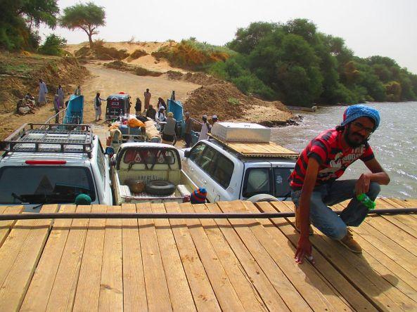 Mit der Fähre über den Nil